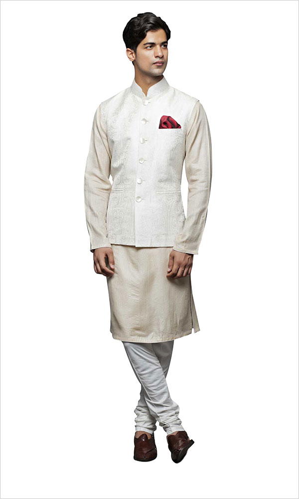 white kurta pajama for men's